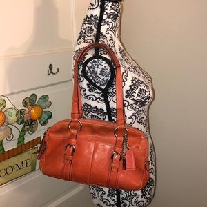 Coach leather shoulder bag, good condition